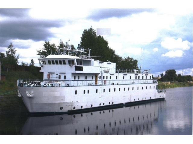 small passenger ship (29 cabins / 31 berths), in Baltic
